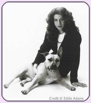 Photo of Alice Vachss and Honey Pit Bull, credit: © Eddie Adams